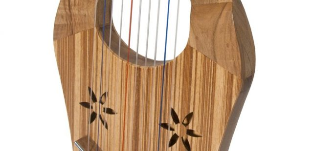 The Kinnor Harp An Ancient Tradition